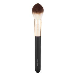 A LUXE BRUSH