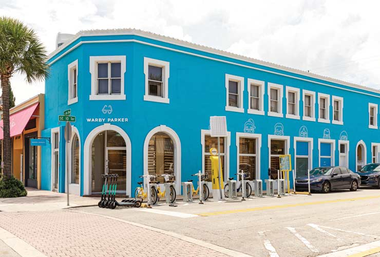 Shop Warby Parker's Trendiest Specs On Las Olas